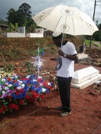 Gobata at VAN's Grave
