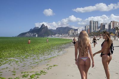 Postcards-From-The-Future-Rio_20_20-RG-DMJ