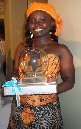 Dorothee Danedjo with her Best ICT Blog 2012 Runner-up Award