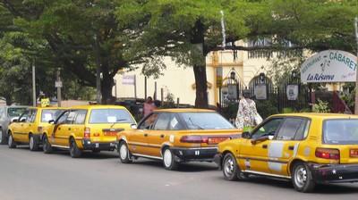 Taxi_lineup