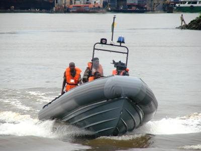 Cameroon_navy_speedboats