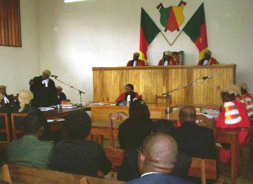 Cameroon_court_in_session